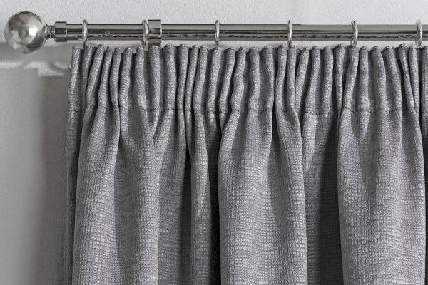 Matrix curtain header Silver